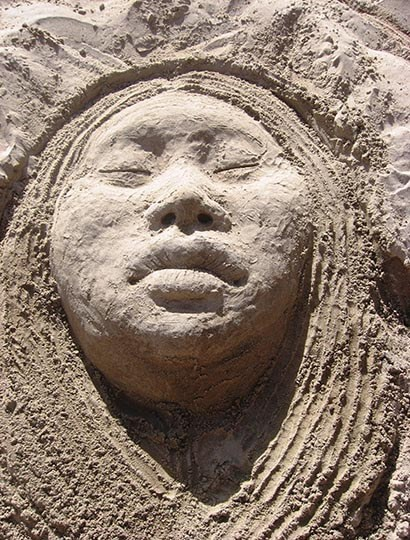 Sand sculpture by Roxanne Swentzell